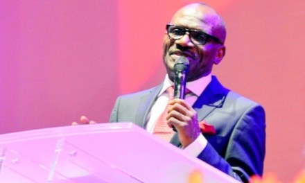 Pastor Taiwo Preaches on Covenant Connection