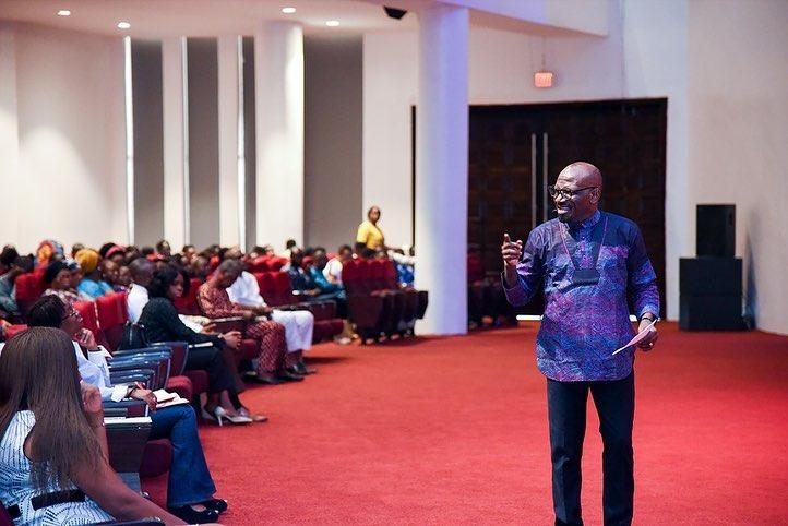 """Pray in the Spirit"", Pastor Taiwo Encourages Showerians"