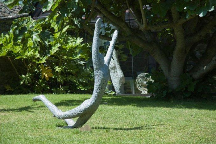 Sport Garden Sculpture Man Founterior