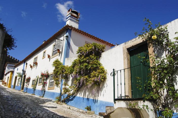Здание отеля Casa Do Relogio (Обидуш, Португалия)