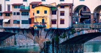 Мост Веккьо, Флоренция — история, сувениры, расположение