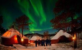 Норвегия зимой: северное сияние