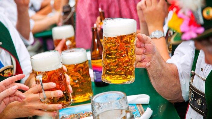 Октоберфест в Мюнхене: баварское пиво
