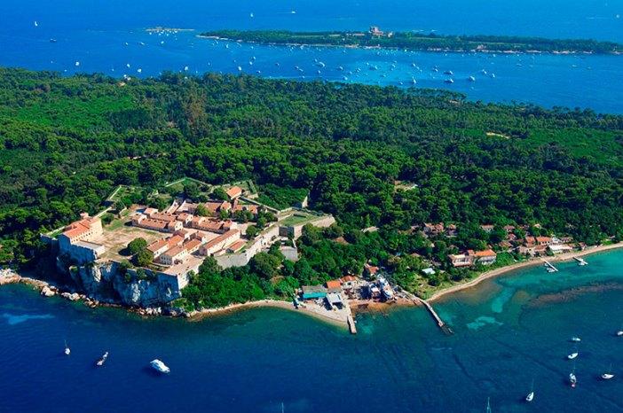 Леринские острова (Îles de Lérins) в районе Канн