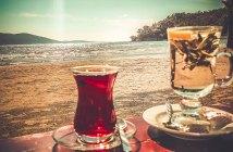 Алкоголь в ОАЭ — что нужно знать перед поездкой
