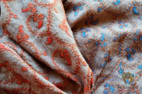 Сувениры из ОАЭ: шаль из пашмины