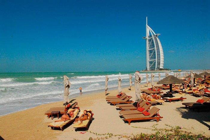 Дубай и ОАЭ закрыты для туристов