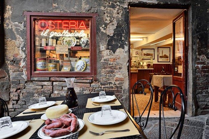 Где вкусно поесть в Сиене: Osteria Il Grattacielo