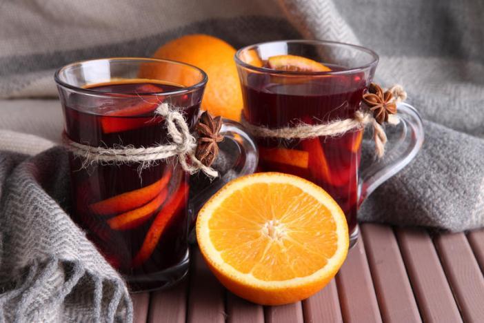 Зимний согревающий напиток грог