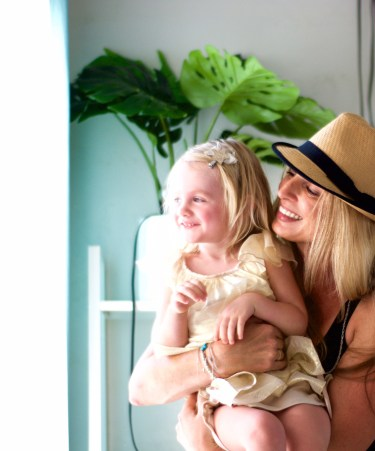 Mommy and Me Fashion   luxe special occasion fashion for mothers and daughters. Read more on the blog.