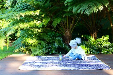 The Throw to go - on trend picnic rugs for stylish parents