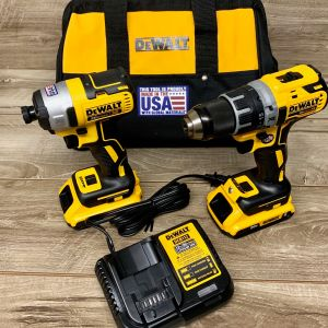 DeWalt Cordless 20v Brushless Drill / Driver with 2 batteries combo DCK283d2
