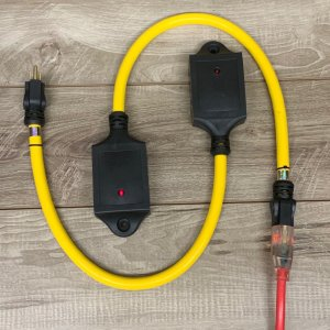 12 GAUGE STW QUAD EXTENSION CORD ADAPTOR