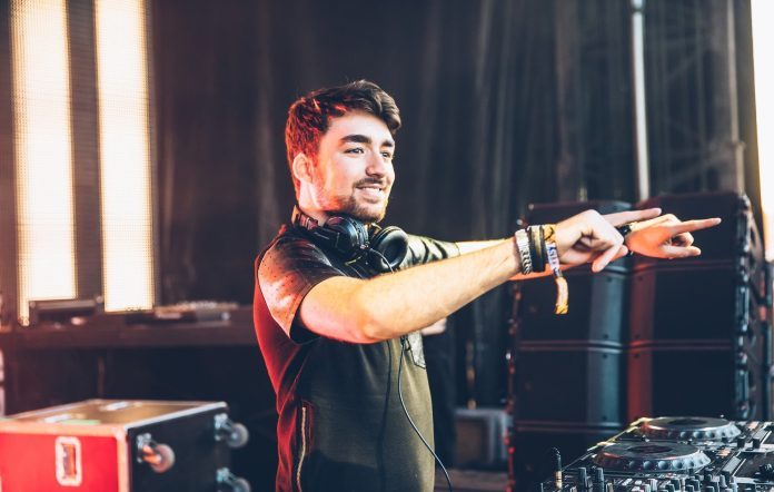 Oliver Heldens heldeep vs monstercat