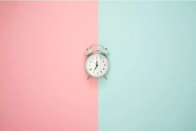 clockPinkBlue.JPG