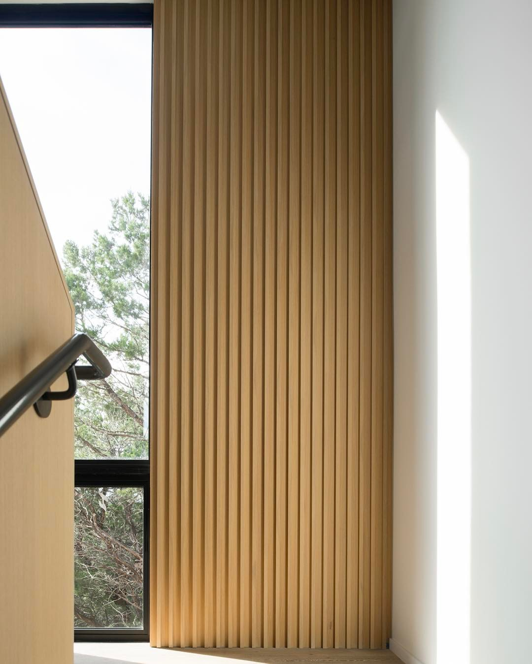 Got to love the white oak panel details Designed by A-Parallel Architecture. Built by @foursquarebuilders Photo by @redpantsstudio