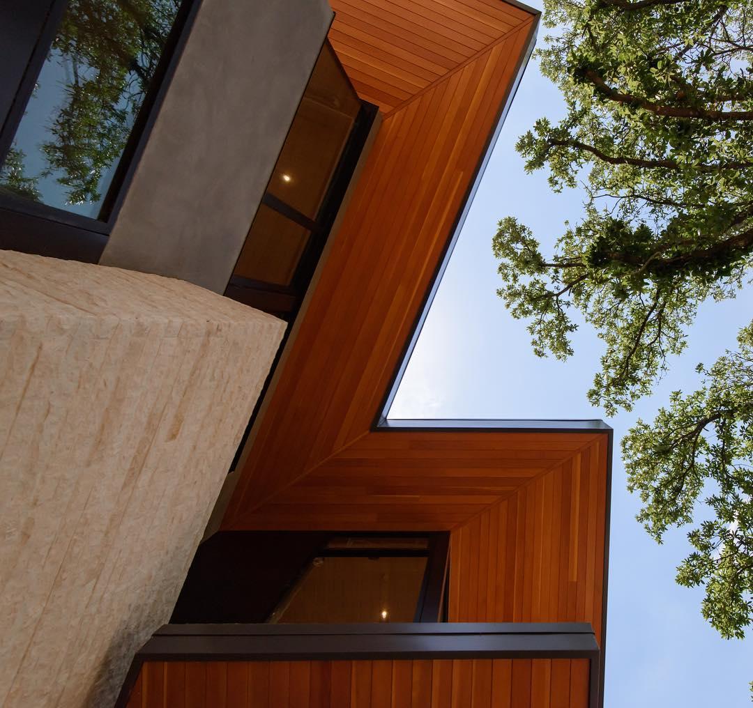 Select Vertical Grain Douglas Fir Soffits sure look beautiful. Built by @foursquarebuilders Photo by @redpantsstudio