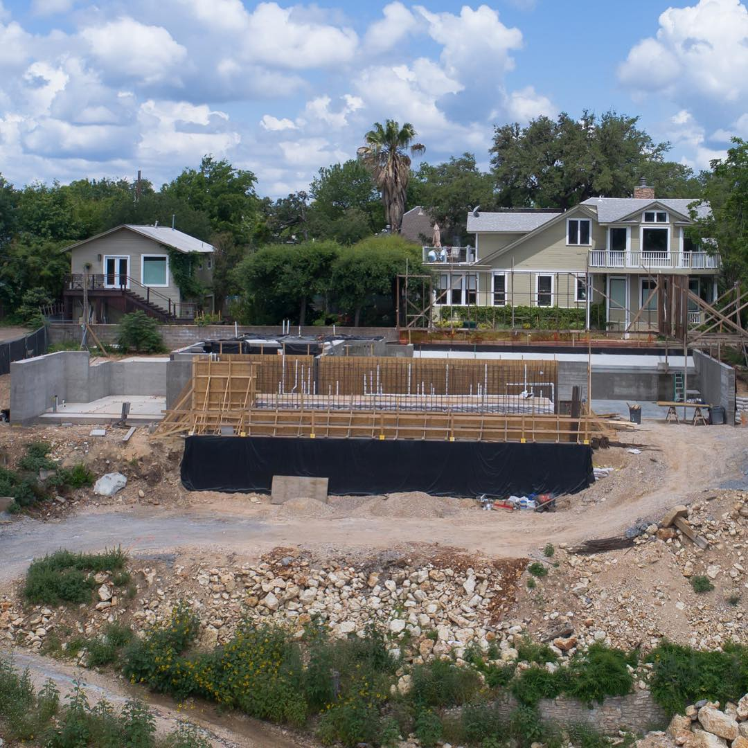 How do you build a pool in a space where nothing ever existed? We start with a team of experts. Structural Engineers, Architects, and Builders make it happen for our clients. @laruearchitects @lovecounty @boothe_concrete @redpantsstudio