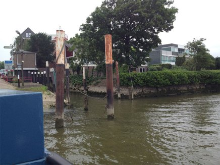 Ferry docking at Krimpen ann de Lek