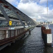 Amsterdam Centraal naast de IJ