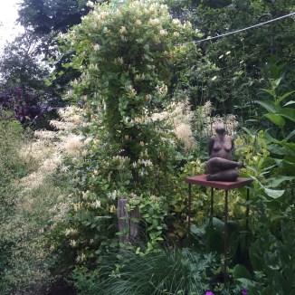 beeld in de tuin