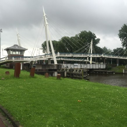burg over kanal