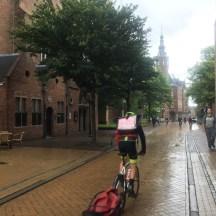 fietser met aanhanger