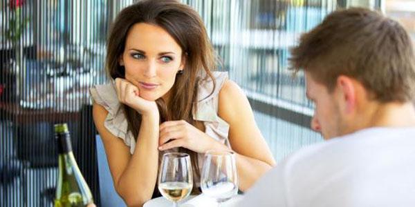 Bagaimana Cara Berbicara yang Baik dengan Kekasih Anda?