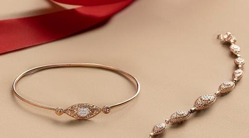 Cara Membedakan Berlian Asli dengan yang Palsu Bagi Pemula