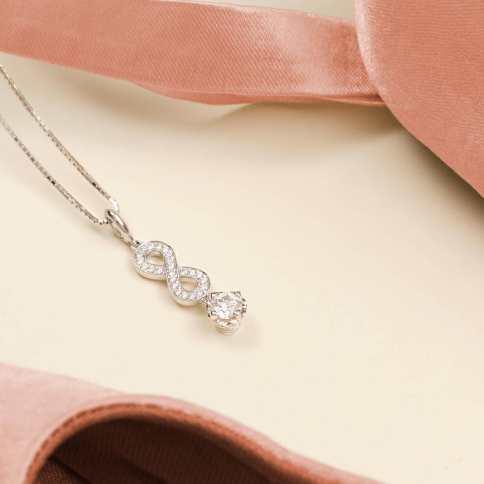 liontin berlian