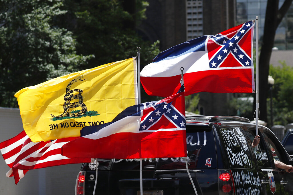 Walmart Will Stop Displaying Mississippi Flag At Its Stores Fox 2