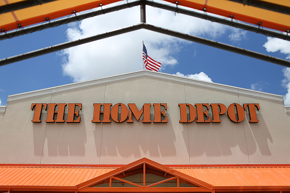 Home Depot To Hire More Than 80 000 Workers For Busy Spring 600 In Kc Fox 4 Kansas City Wdaf Tv News Weather Sports