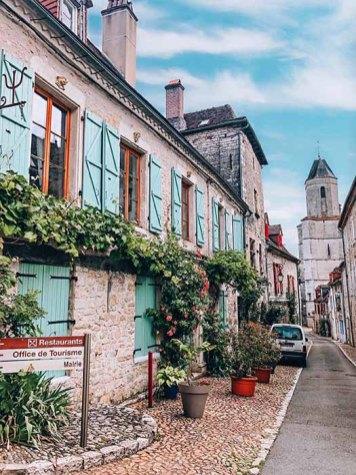 petit-village-dordogne-lot