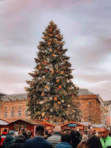 Sapin de Noël place Kleber