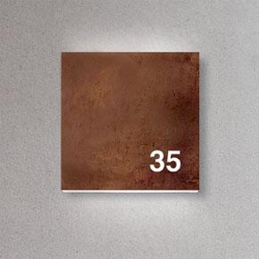 Square 270 koppar med urfräst husnummer