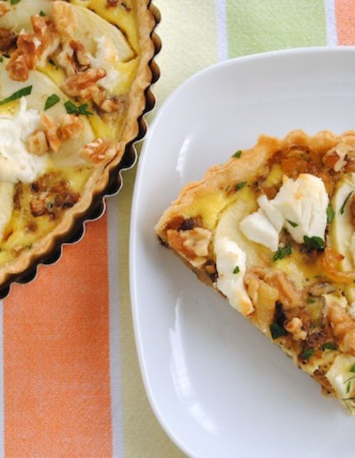 Caramelized Fennel & Apple Tart - deeply caramelized fennel with Granny smith apples, goat cheese and walnuts. | foxeslovelemons.com