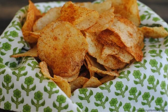DIY Seasoned Potato Chips - perfect for a party! Eat warm, custom-seasoned potato chips right out of the oven! | foxeslovelemons.com