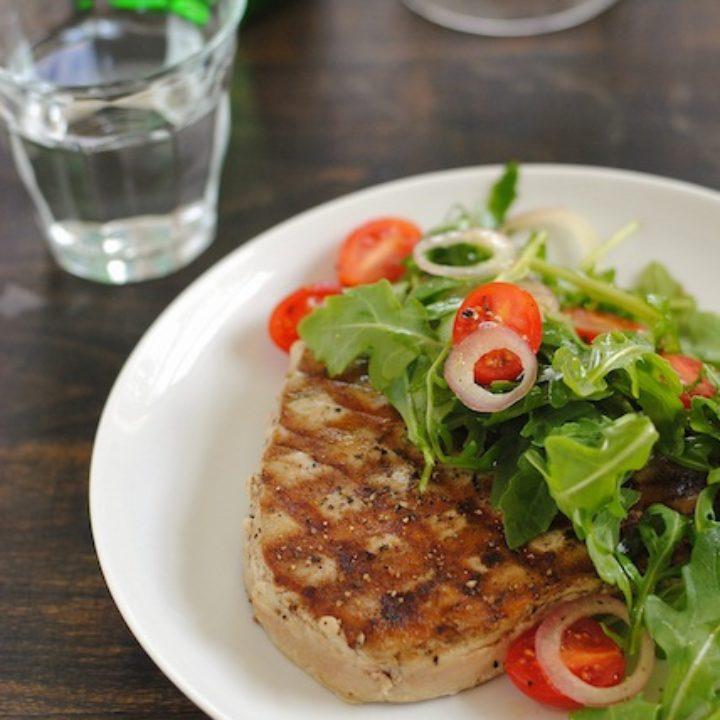 Grilled Tuna with Marinated Tomato and Arugula Salad