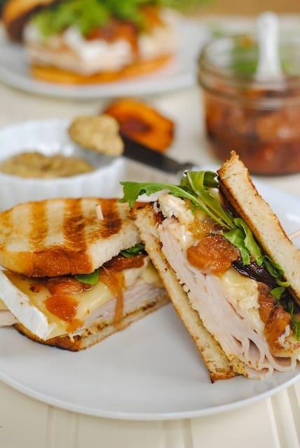 Turkey, Brie & Peach Panini - a sweet, savory & cheesy turkey sandwich. | foxeslovelemons.com