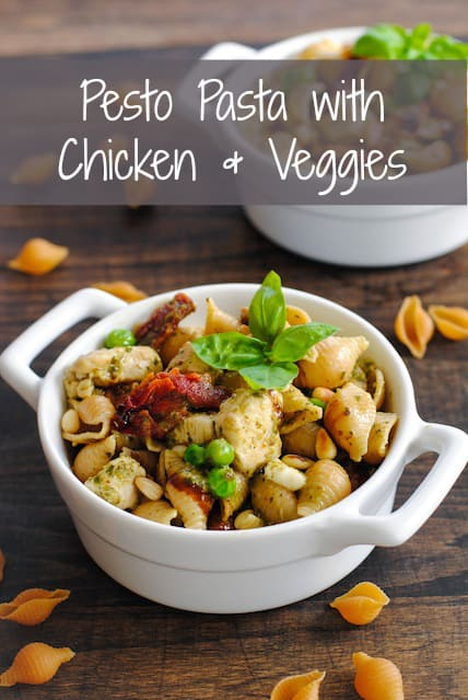 Pesto Pasta with Chicken & Veggies - Need an effortless dinner idea? Whip up this hearty and wholesome pesto pasta with chicken and vegetables! | foxeslovelemons.com