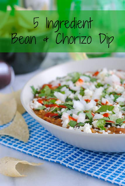 5 Ingredient Bean & Chorizo Dip - Chorizo, pinto beans, tomatillo salsa, lime juice and sour cream combine to make a game day dip the whole crowd will love! | foxeslovelemons.com