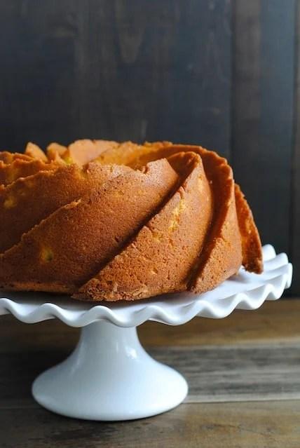 Meyer Lemon Bundt Cake with Vanilla Bean Icing | www.foxeslovelemons.com