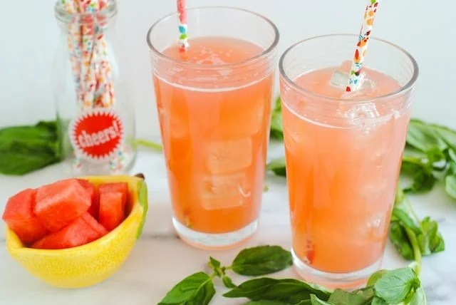 Watermelon Basil Lemonade - 4 ingredients, all kinds of awesome. | foxeslovelemons.com