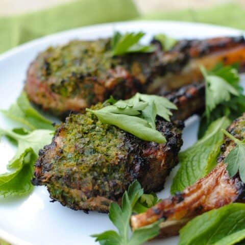 Herb-Crusted Grilled Lamb Chops - Whip up a quick herb and spice rub to make this simple restaurant-quality meal at home!   foxeslovelemons.com