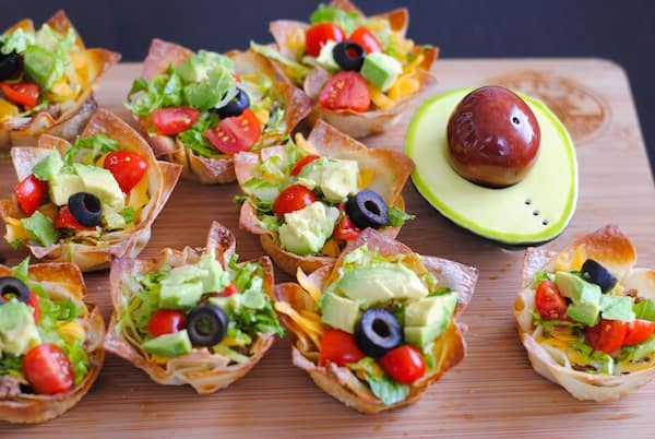 Taco Salad Wonton Cups | California Avocado BBQ Party | foxeslovelemons.com