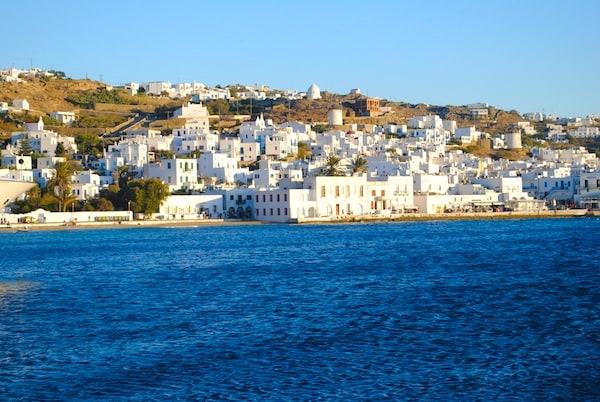 Myconos, Greece | foxeslovelemons.com