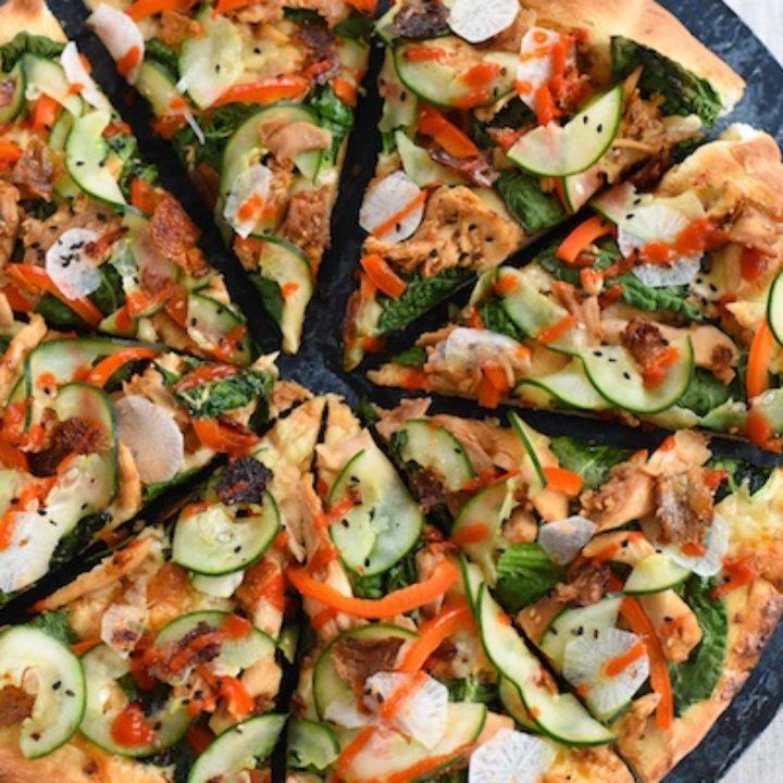 Very Teriyaki Turkey Pizza - Leftover turkey, colorful veggies & teriyaki sauce come together to make this unique pizza! | foxeslovelemons.com