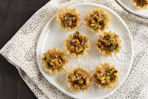 Easy 3-Step Baklava Tarts - All the flavor of baklava, in bite-sized tarts that take just minutes to make! | foxeslovelemons.com