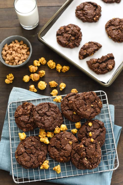 Caramel Corn & Peanut Butter Chip Chocolate Cookies - A combination of all the good things in life - sweet, salty, chocolate, peanut butter, caramel corn . . . need we say more? | foxeslovelemons.com