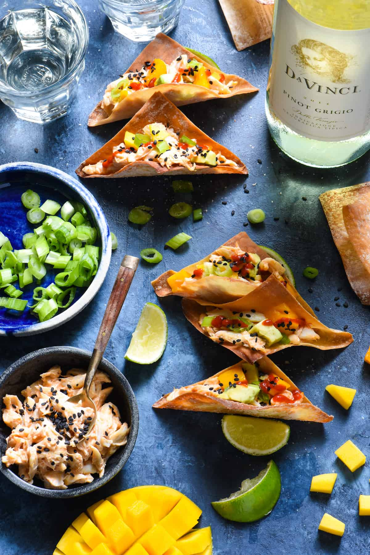 Spicy Crab Wonton Tacos - The flavors of a California sushi roll, in a crunchy wonton taco. Impress your guests with these easy entertaining recipe. | foxeslovelemons.com